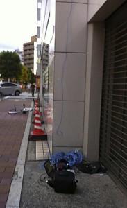 地上5階から100mのイーサネットで電波を確保。